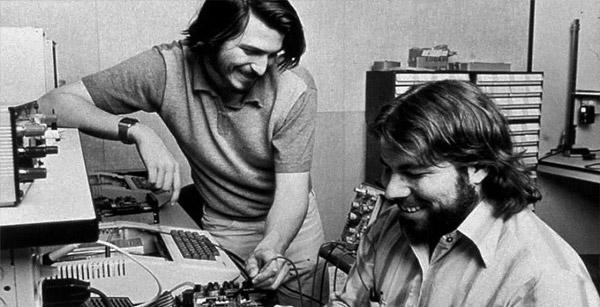 ساخت اپل دو توسط دو استیو