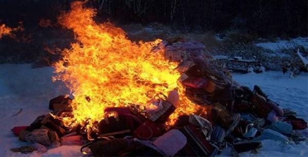 سیاست سوزاندن اجناس برند بربری