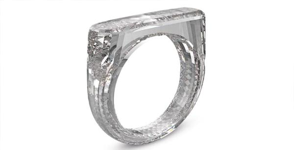 انگشتر تمام الماس در حراجی