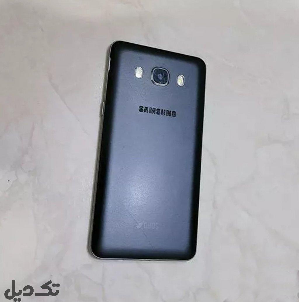گوشی Galaxy j5