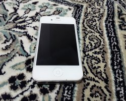 گوشی اپل 4 در فروشگاه اینترنتی