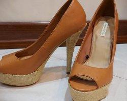 کفش زنانه برشکا در فروشگاه اینترنتی