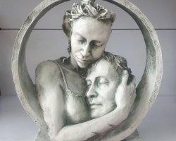 مجسمه رخ محبت در فروشگاه اینترنتی
