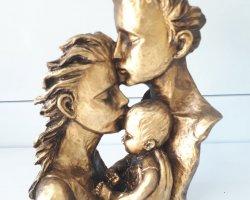 مجسمه رخ مادر در فروشگاه اینترنتی