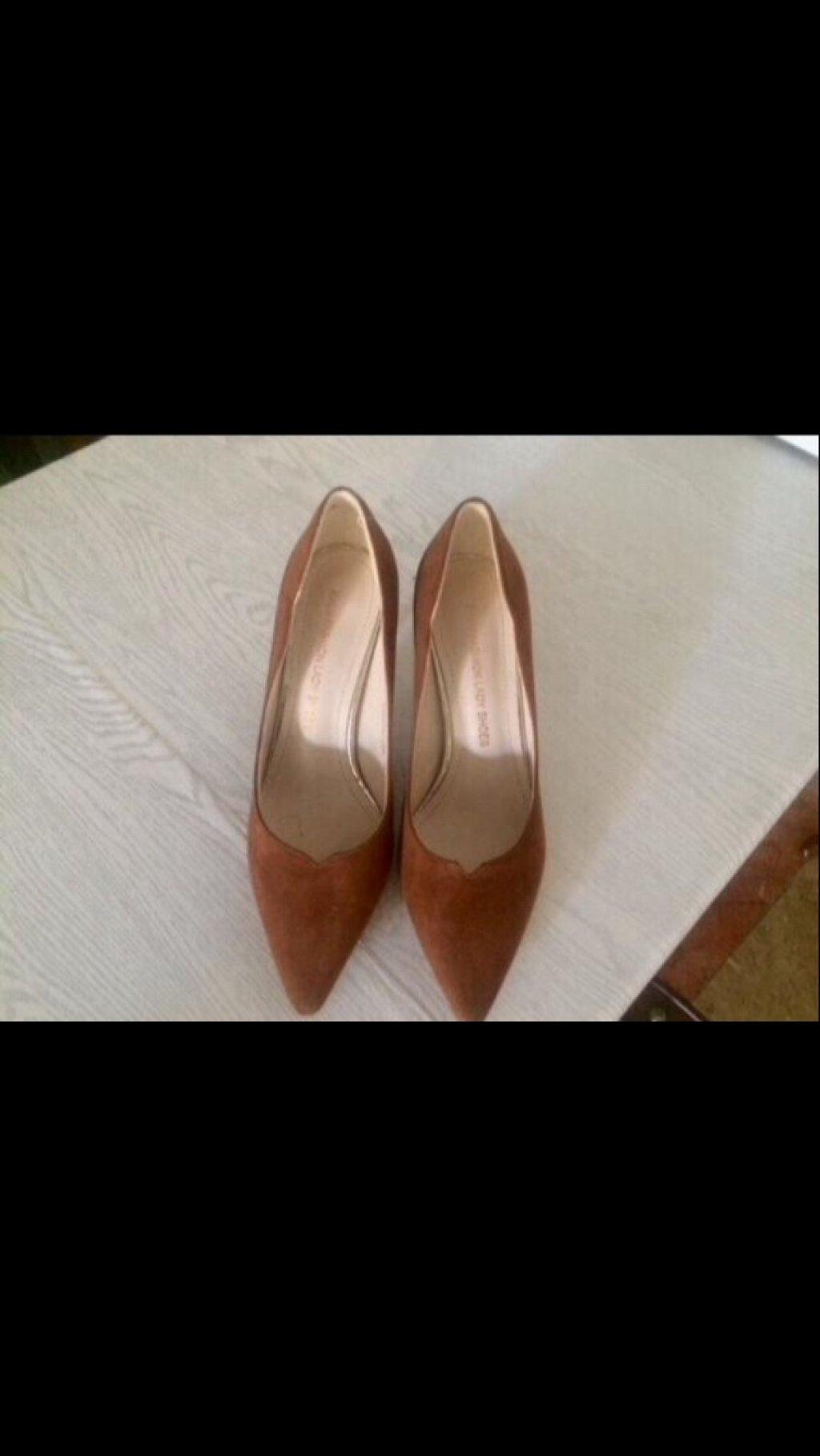 کفش تُرک سایز ٣٨ جیر