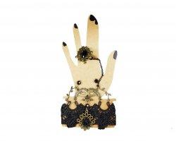 دستبند به همراه انگشتر در فروشگاه اینترنتی