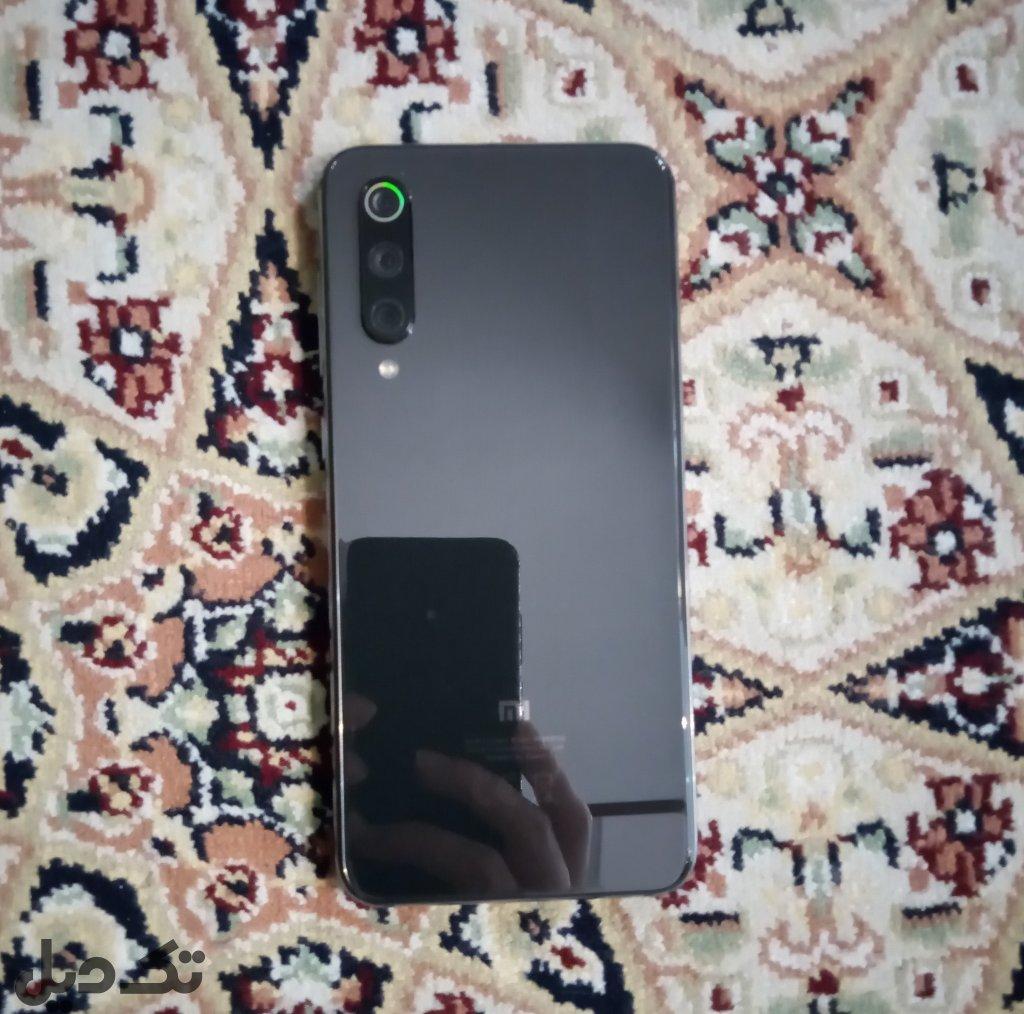 موبایل شیائومی Mi 9 SE